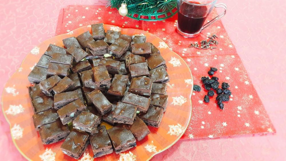 Božićni browniesi s kuhanim vinom