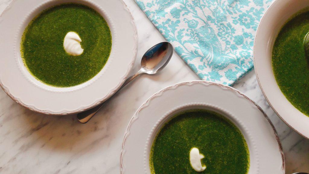 Zelena juha od koprive i tikvica