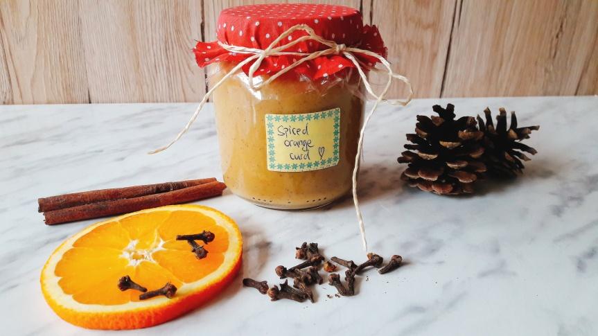 Spiced orange curd (krema od naranče sa zimskimzačinima)