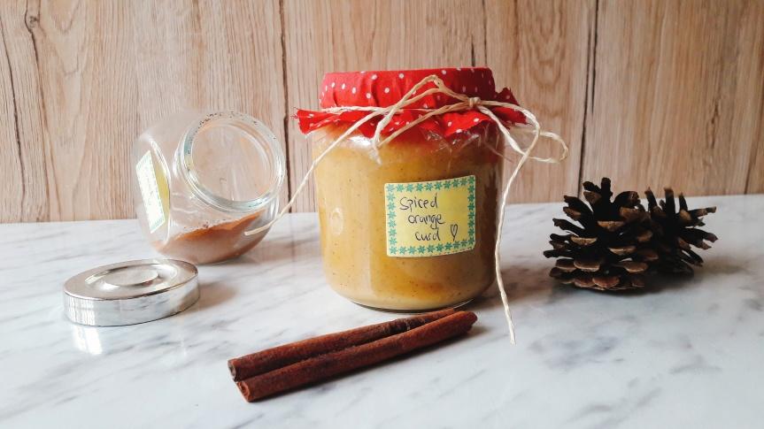 Spiced orange curd (krema od naranče sa zimskim začinima)