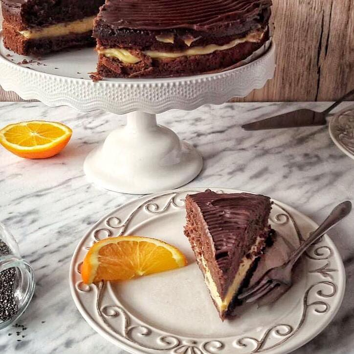 Čokoladna torta s kremom odnaranče